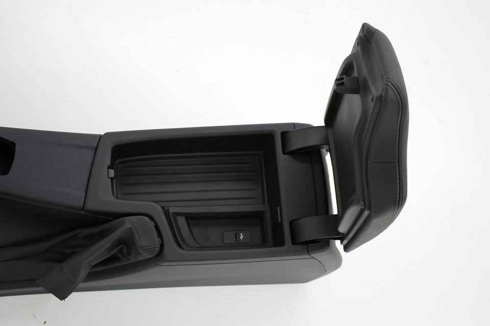 Org BMW 3er 4er F30 F32 F82 Mittelkonsole 9360528 Armlehne Leder USB anthrazit